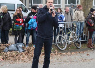 Moderator an der Startlinie des Stadtlauf Schwäbisch Gmünd